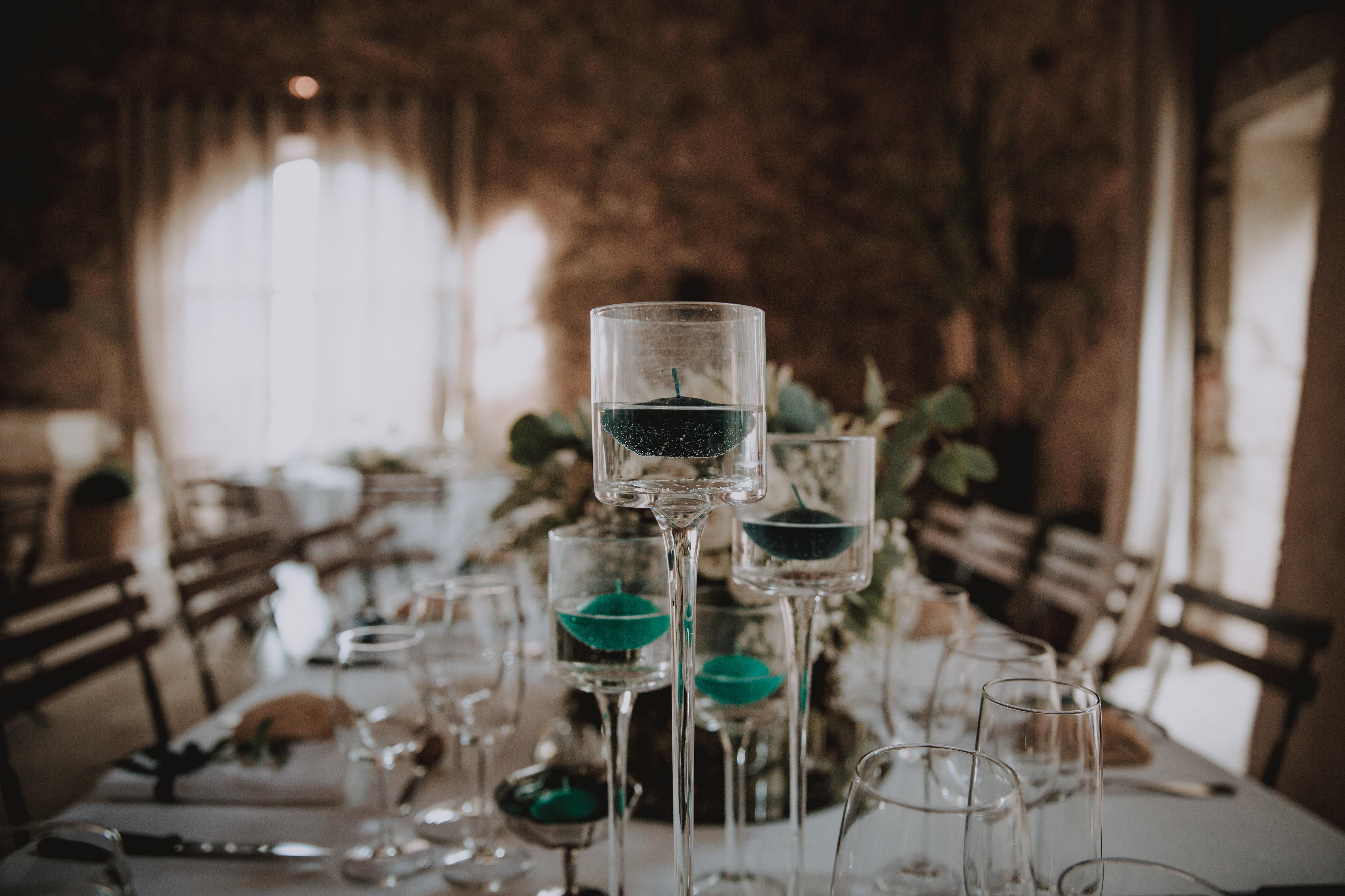 Décoration de table bougies flottantes