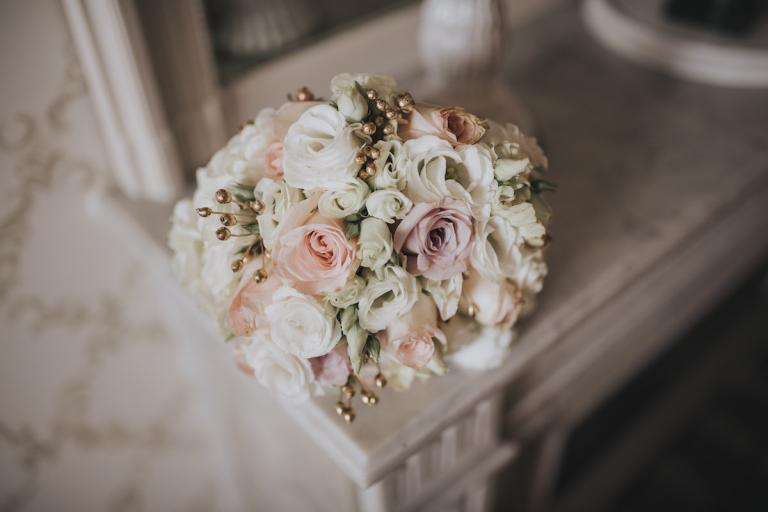 Bouquet pastel et or