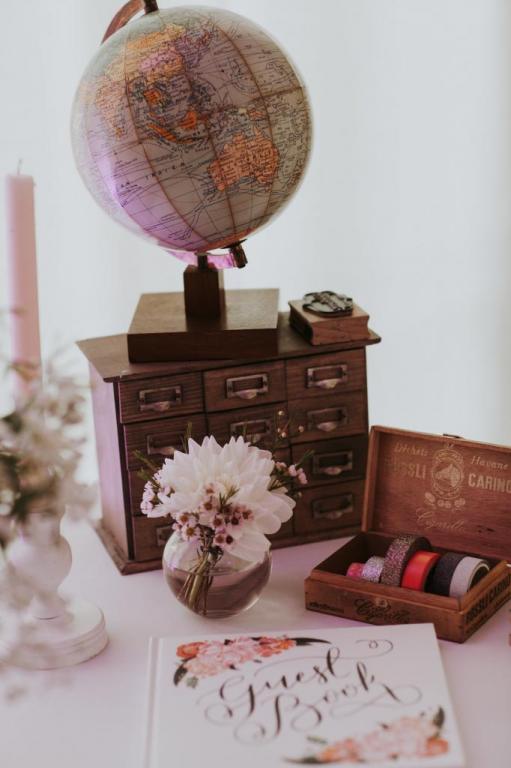 Table urne & livre d'or