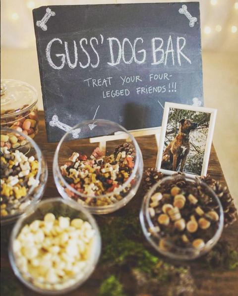 Le Dog Bar